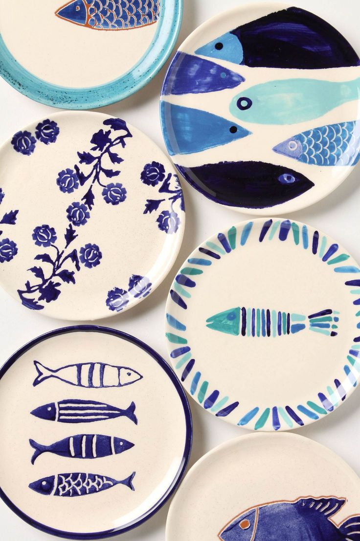 Blue and white fish plates.
