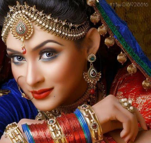 love the matha patti jewelry# Bangladeshi beauty Mehazabien