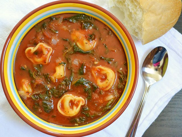 Spinach Tortellini Soup: Budget Byte, Tomatoes Soups, Italian Sausages, Drinks Recipes, Soups Recipes, Tomatoes Tortellini, Spinach Tortellini, Tortellini Soups, Cheap Recipes