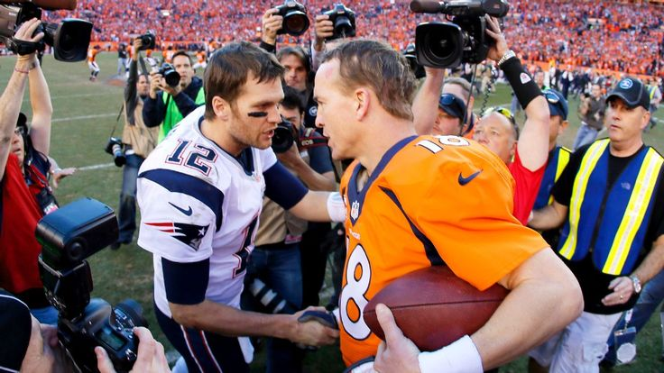 Tom Brady and Peyton Manning catch up after game, talk family
