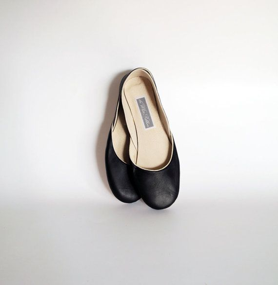 Soft leather ballet flats. Oxford black.