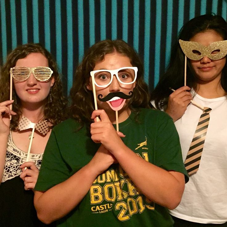Our Cape Town volunteers discovered a photo booth on the weekend!  #gvi #volunteerabroad
