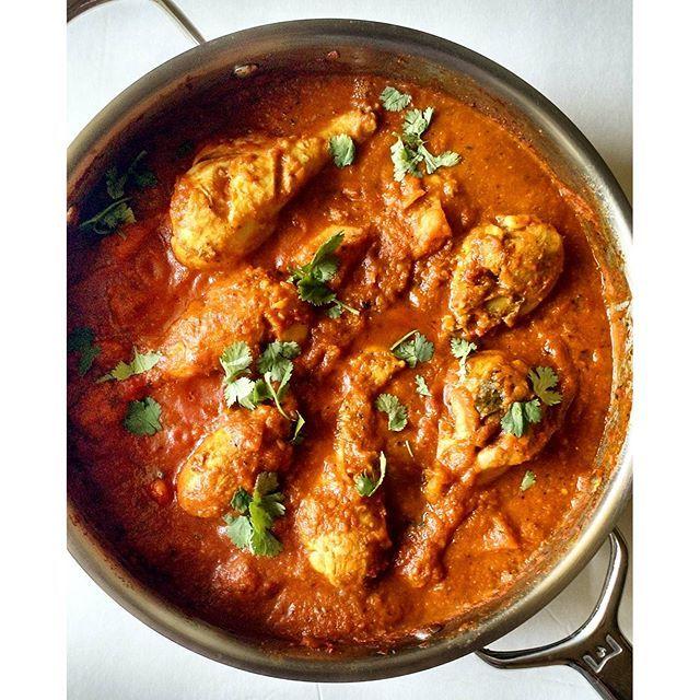 Sri Lankan Tamarind Chicken Curry  via feedfeed on https://thefeedfeed.com/happyandharried/sri-lankan-tamarind-chicken-curry