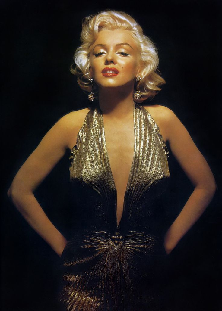 Marilyn Monroe...the only woman that managed to make blond hair look sexy