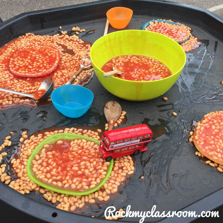 Beans in the tuff spot based on the book Naughty Bus. Great for EYFS literacy