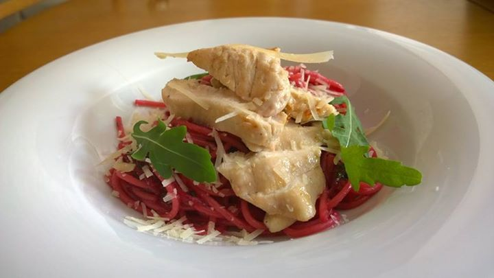 beetroot pasta with chicken