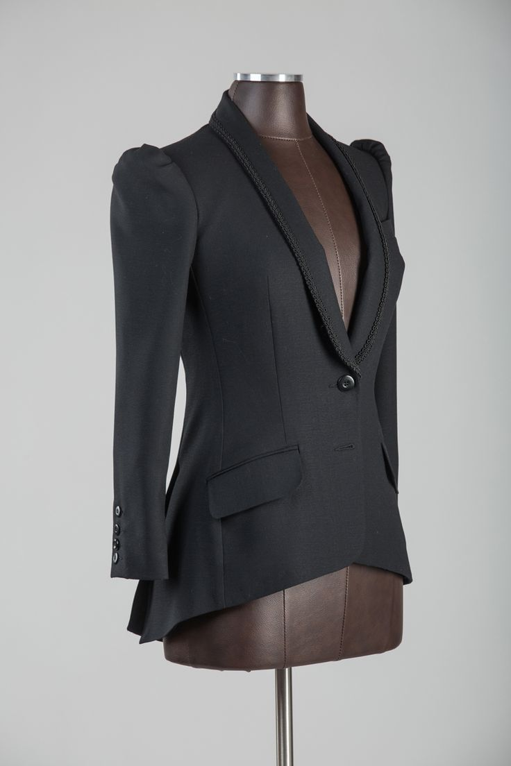 Crepe ladies dinner jacket with shawl collar and back tail. #ladiesjacket #handcrafted #tailjacket #bespokenov