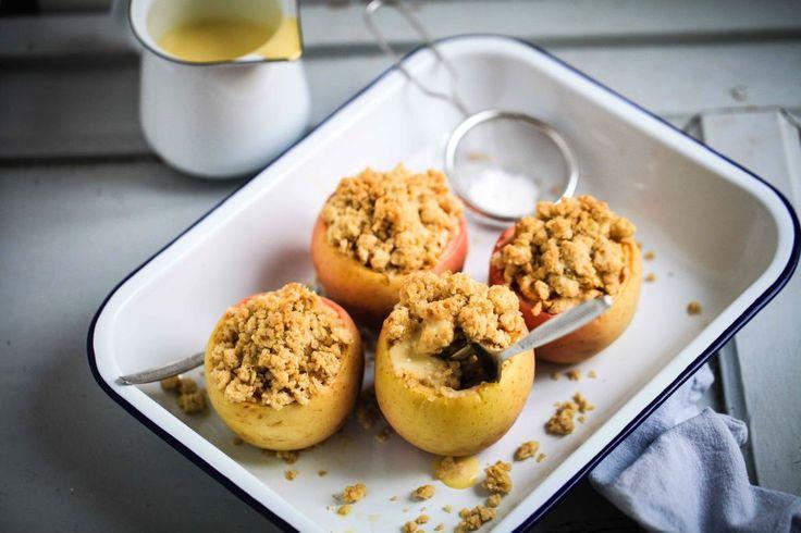 Bester Apple Crumble - Apple Crisp im Apfel - ein herbstliches Apfelrezept