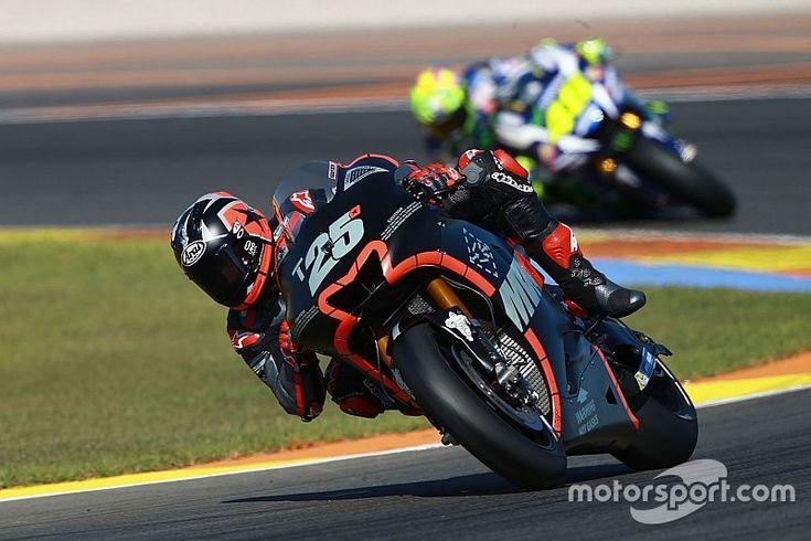 Rossi elogia Viñales por