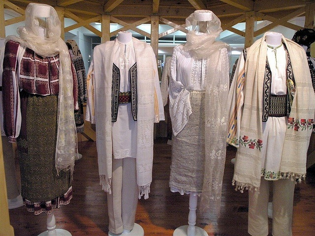 Traditional Romanian Folk Costume from Southern Romania, an area called Muscel, county of Arges