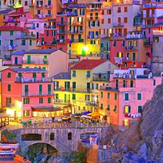 Cinque Terre #Liguria Italia. add it to the list of places to see!