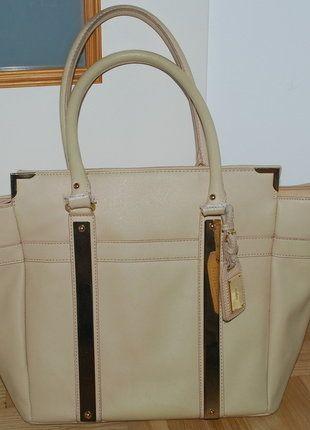 Kup mój przedmiot na #vintedpl http://www.vinted.pl/damskie-torby/torby-na-ramie/18163219-piekna-elegancka-torebka-torba-do-reki-na-ramie-aldo-kremowa-bezowa-skorzana-skora-oryginalna