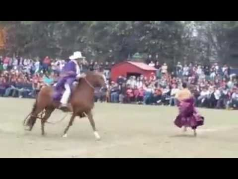 La Fiesta de mi Tierra: Joaquín Lázaro cuenta su experiencia como jurado del concurso - YouTube