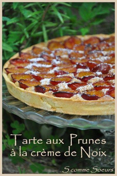 La saison des prunes bat son plein.... La prune est excellente en tartes, clafoutis, crumble mais se savoure également flambée, en confitures ou en compotes. Elle s'associe à merveille avec les épices (cannelle, poivre, cardamome, gingembre), les pêches,...