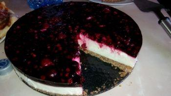 Cheesecake Daca vrei ceva bun si dulce cu adevarat aceasta este reteta potrivita. paste, Cina, petrecere, Ziua femeii, Pentru familie, Anul Nou, Craciun, Zi de nastere, Internationala