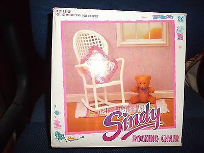 HASBRO-SINDY-ROCKING-CHAIR-TEDDY-RUG-amp-CUSHION-1990