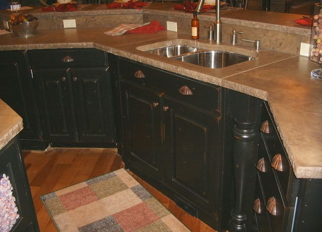 Black american cherry antiqued cabinets refinished and for Kitchen cabinets kijiji