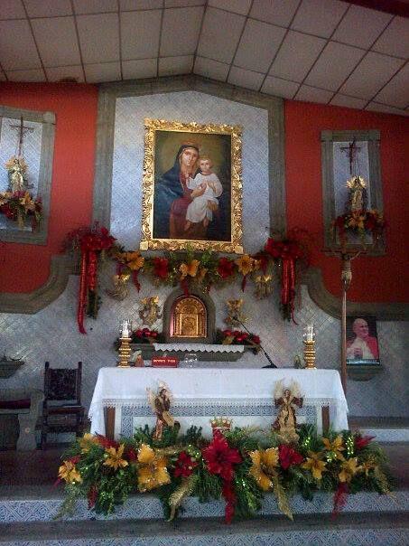 iglesia del Sagrado Corazón decorada para navidad, año ...