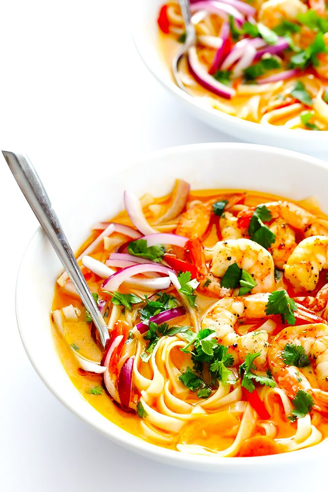 These Comforting Curry Noodle Bowls are easy to make with shrimp (or your favorite protein), and full of fresh and creamy coconut curry flavors that everyone will love. | gimmesomeoven.com