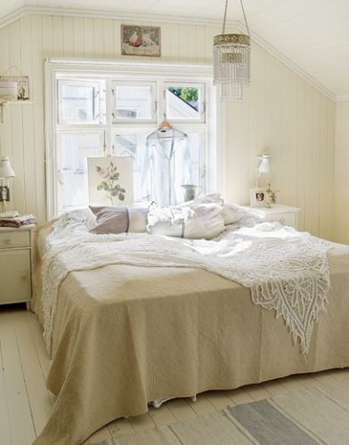 bed in front of window: Kids Interiors, Shabby Chic, Little Bedrooms, White Rooms, White Bedrooms, Natural Lights, Bedrooms B, Bedrooms Ideas, Beautiful Bedrooms