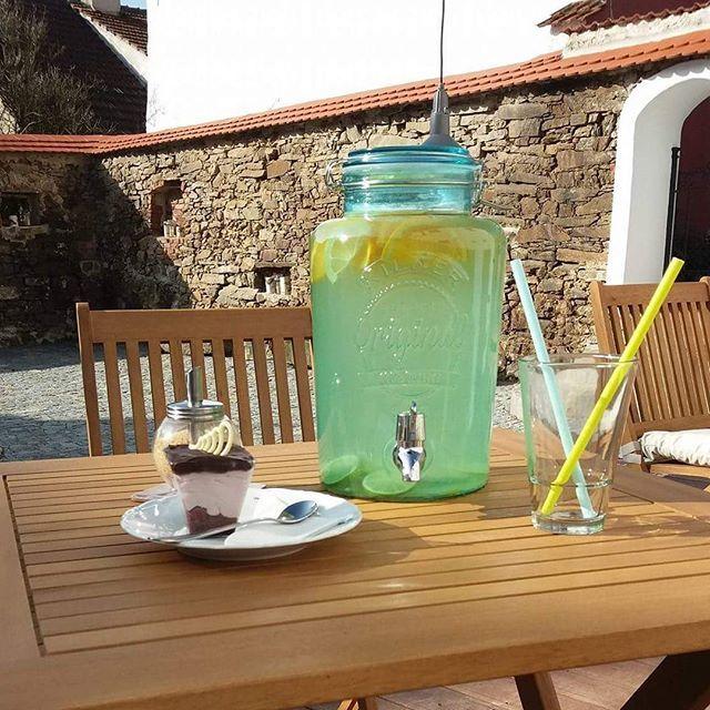 Náš dávkovač v kavárně Kap Cafe v Kaplicích ☺