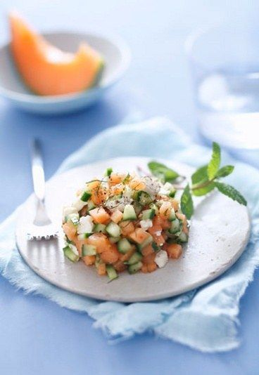 Tartare di melone, feta, cetriolo e menta - Ricetta tartare di melone - Ricette rapide - Ricette di cucina rapide: ricette veloci