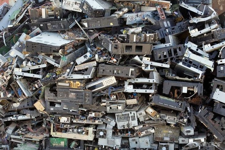 Do you know what happens when you throw out your old electronic gadgets? Probably not, but considering they contain both toxic chemicals and valuable metals you'd think someone would know? Unfortunately our new report 'Toxic Tech: Not in Our Backyard' reveals the fate of millions of tonnes of e-waste generated each year is largely unknown.