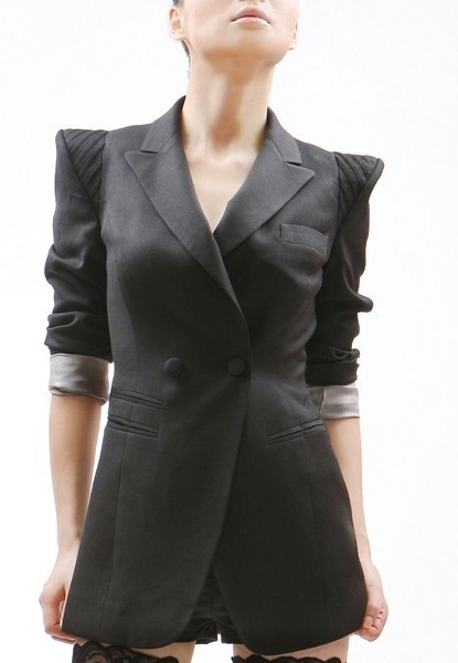 even more villianious and k-pop-esque blazer