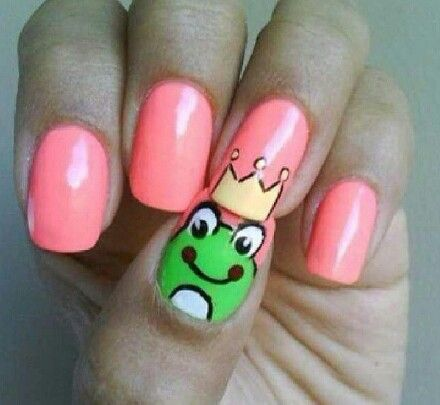 17 best frog nails art images on pinterest nail arts beauty and queen frog nail art prinsesfo Images