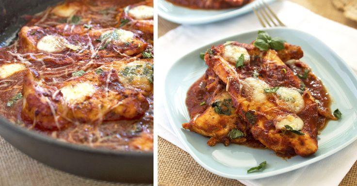 Rychlé kuře s rajčaty a mozzarellou z jedné pánve