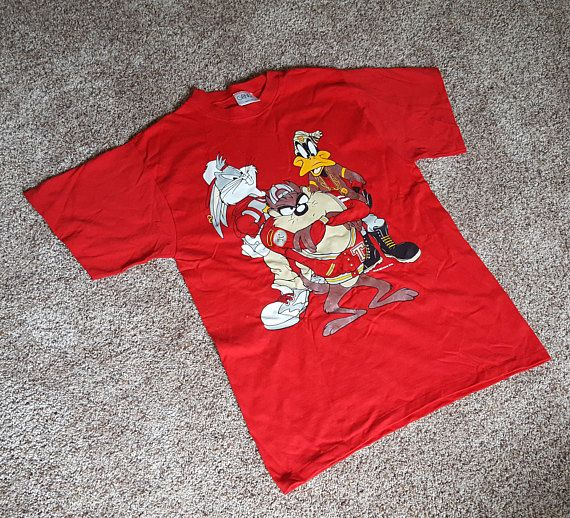 772b177ccc19 Vintage 1990s Looney Tunes Gangster Pose T Shirt Bugs Bunny