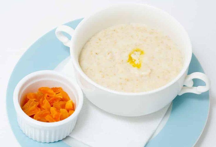 É comida de criança, mas os adultos também adoram! Essa receita de Farinha Láctea Caseira é muito fácil de fazer e é bem nutritiva, fonte de vitaminas.