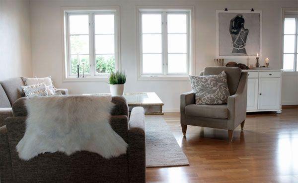White living room Lovewarriors