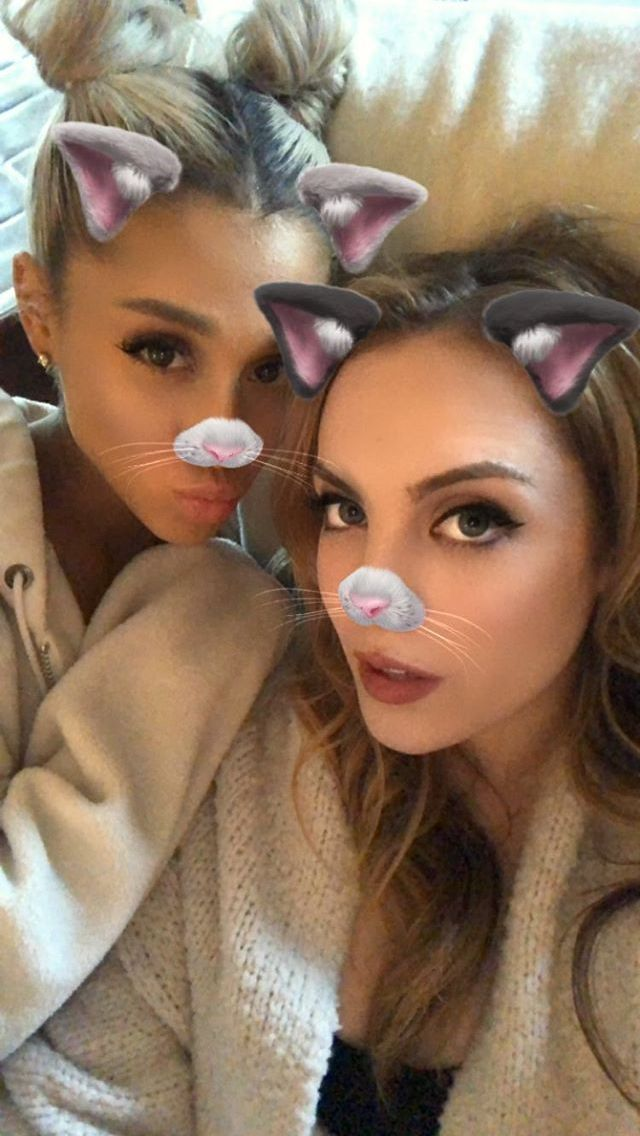 Ariana and Liz #arianagrande