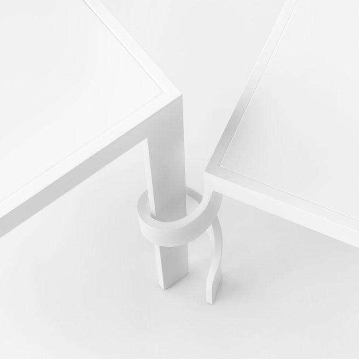 Top 10: Devil is in the detail | Tangle small table, Nendo, Cappellini, 2016