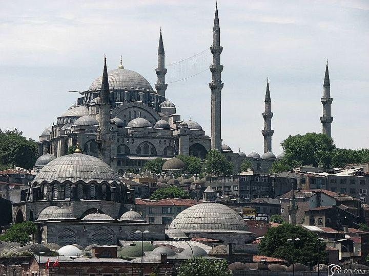 Istanbul Rustem Pasa Camii Mimar Sinan eseri