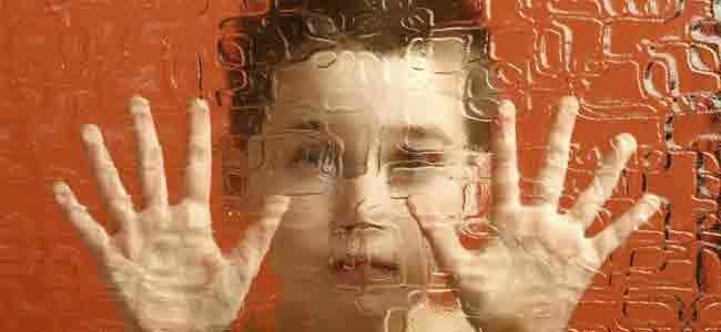 Autismo Causas, síntomas y tratamiento Conocer es comprender. Por ello, te proponemos un repaso por todo lo relacionado con el trastorno del espectro autista, desde sus tipos y síntomas, pasando por el tratamiento y...