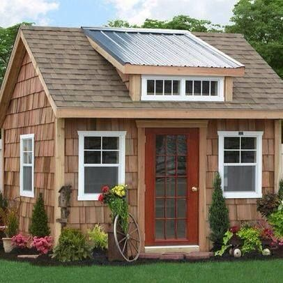 Pin by melody simpler on cottages tree houses garden for Cedar shake cottage