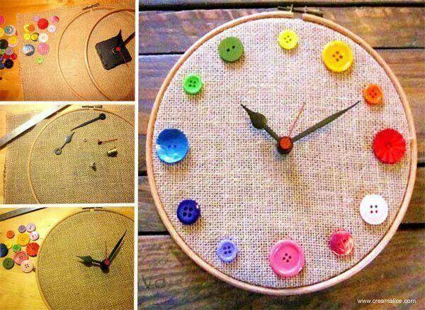 voor in het naai atelier Knopen klok
