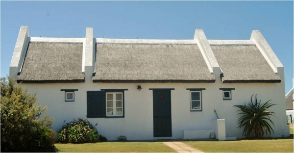 Seagulls Nest Cottage (Situated 550 m from the beach)