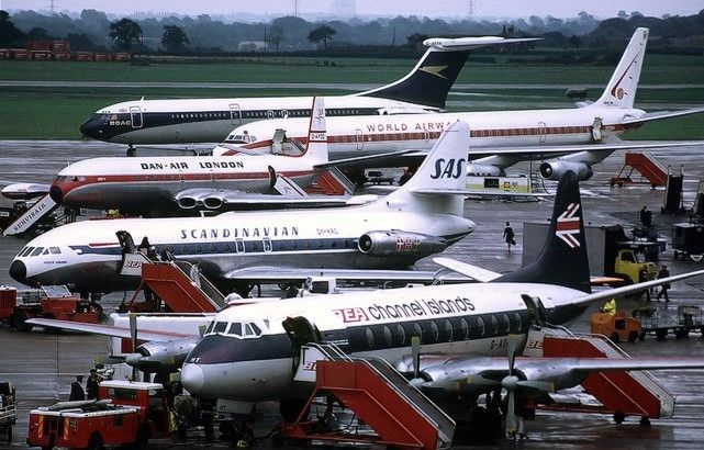 Vickers Viscount (BEA 'Channel Islands' G-AOHT), Sud SE10 Caravelle (SAS), De Havilland Comet 4 (Dan Air), Douglas DC8 (World Airlways) and Vickers VC10 (BOAC) at Ringway Airport, Manchester. August 1972