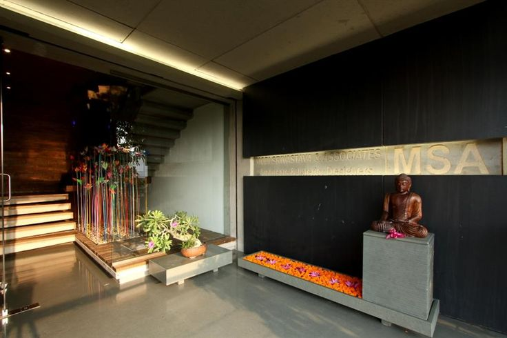 17 best images about entrance on pinterest corner for Architecture design for home in vadodara