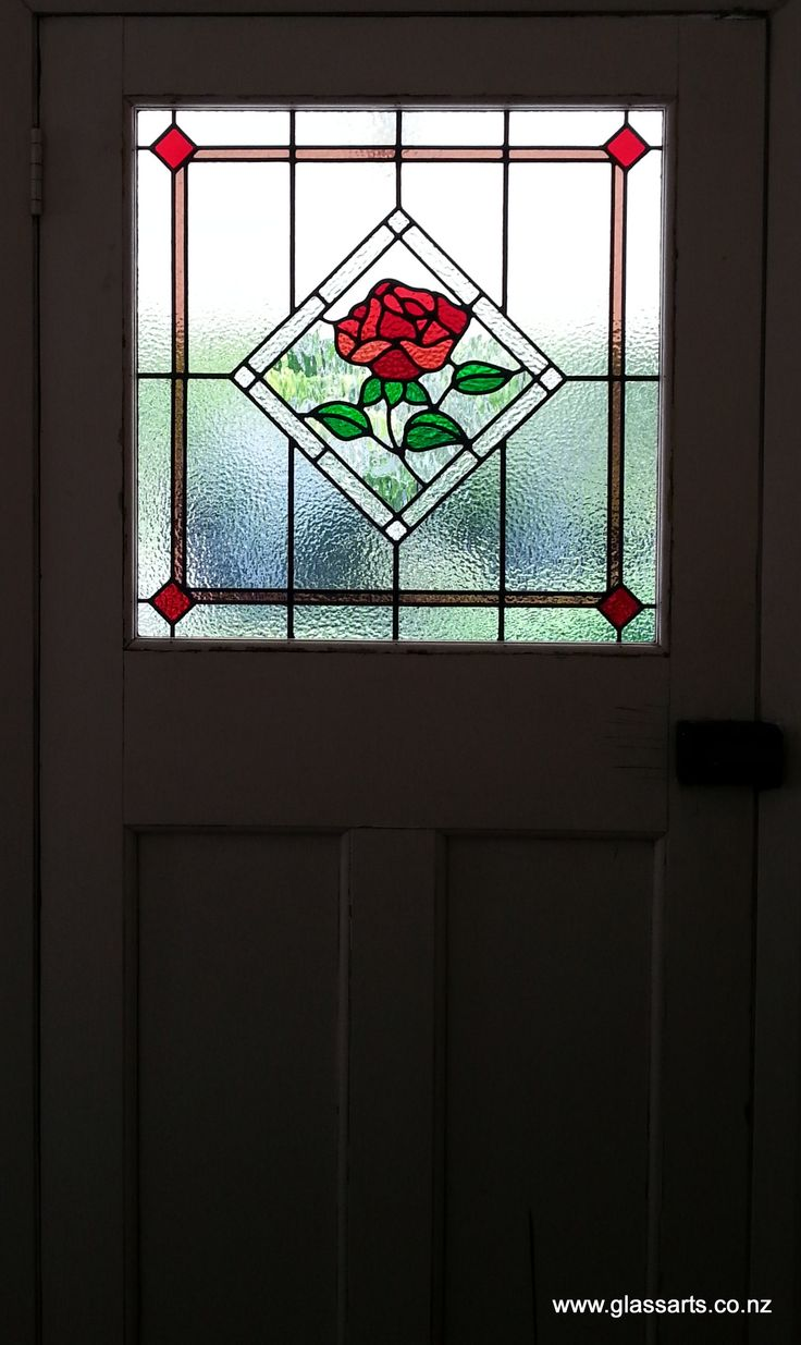 Traditional Lead light window with rose, in Bungalow door @ Glassarts Design Auckland