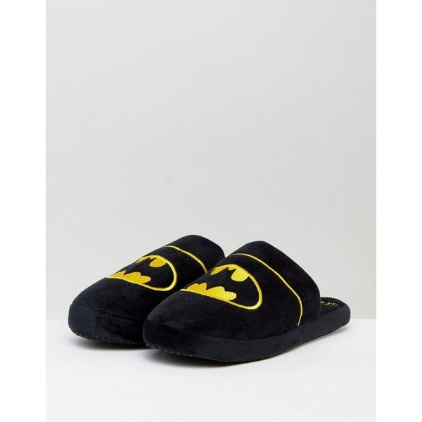 Fizz Batman Logo Slippers ($26) ❤ liked on Polyvore featuring men's fashion, men's shoes, men's slippers, mens backless slippers and mens backless shoes