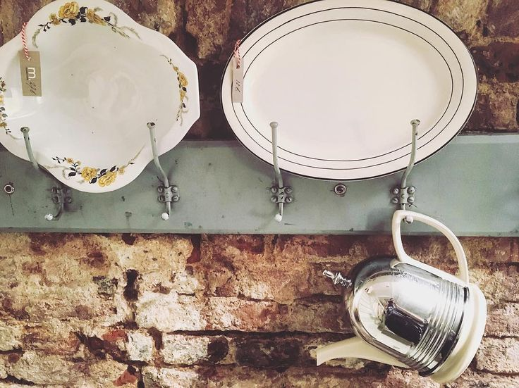 'Tea is quiet and our thirst for tea is never far from our craving for beauty.' ~James Norwood Pratt  ______________________________ Barbara Etcetera Storyteller in Woord & Beeld ______________________________  #storytelling @mariemarie.nl #mariemarie #favoriteshop #teapot #tea #plates #vintage #vintagestyle #beauty #thirst #quote #jamesnorwoodpratt