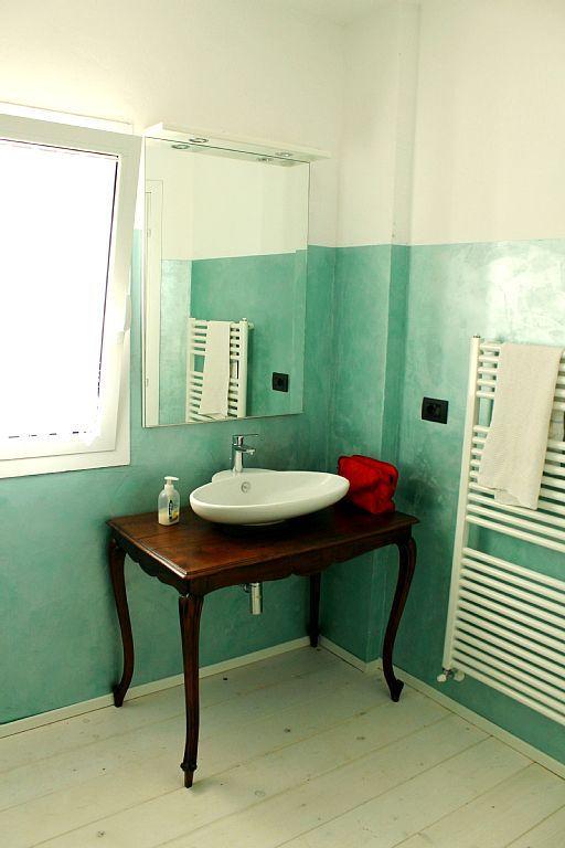 Affitto casa di campagna Diano San Pietro - bagno dettaglio