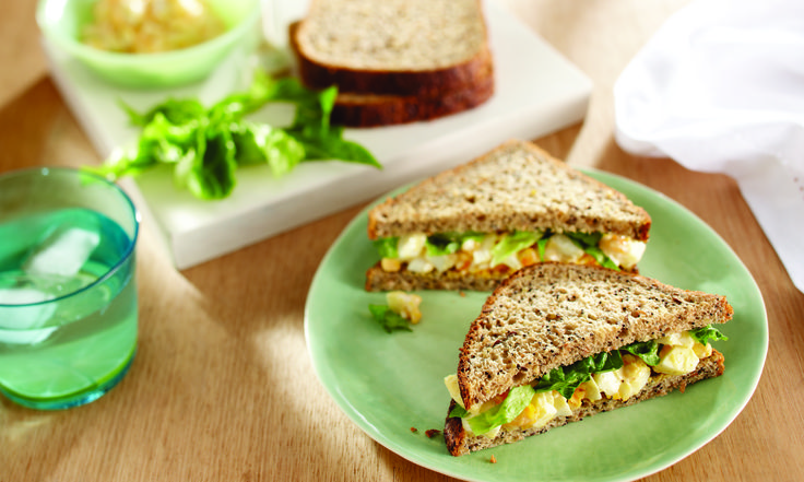 A delicious egg and lettuce sandwich which gives you a high protein, low GI lunch made with Low GI Bürgen® Wholemeal & Seeds. Keeping you fuller for longer. Serves: Makes 2 Sandwiches       Ingredients: 3 hard-boiled eggs, chopped ¼ cup reduced fat mayonnaise ¼ tsp garam mas…