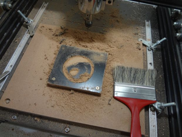 Affordable CNCs For Brazilian Makers: The Protoptimus CNC Router | MAKE