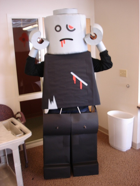 LEGO Zombie halloween costume by dead zebra, inc, via Flickr