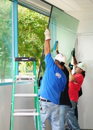 Best price and customer service. Need emergency glass replacement service do to a break in your business location in Atlanta, GA and surrounding areas ? Call us 404.699.9911 for same day glass repair benefit day in and day out, Atlanta glass agency.